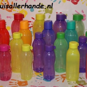 Tupperware bekers en flessen